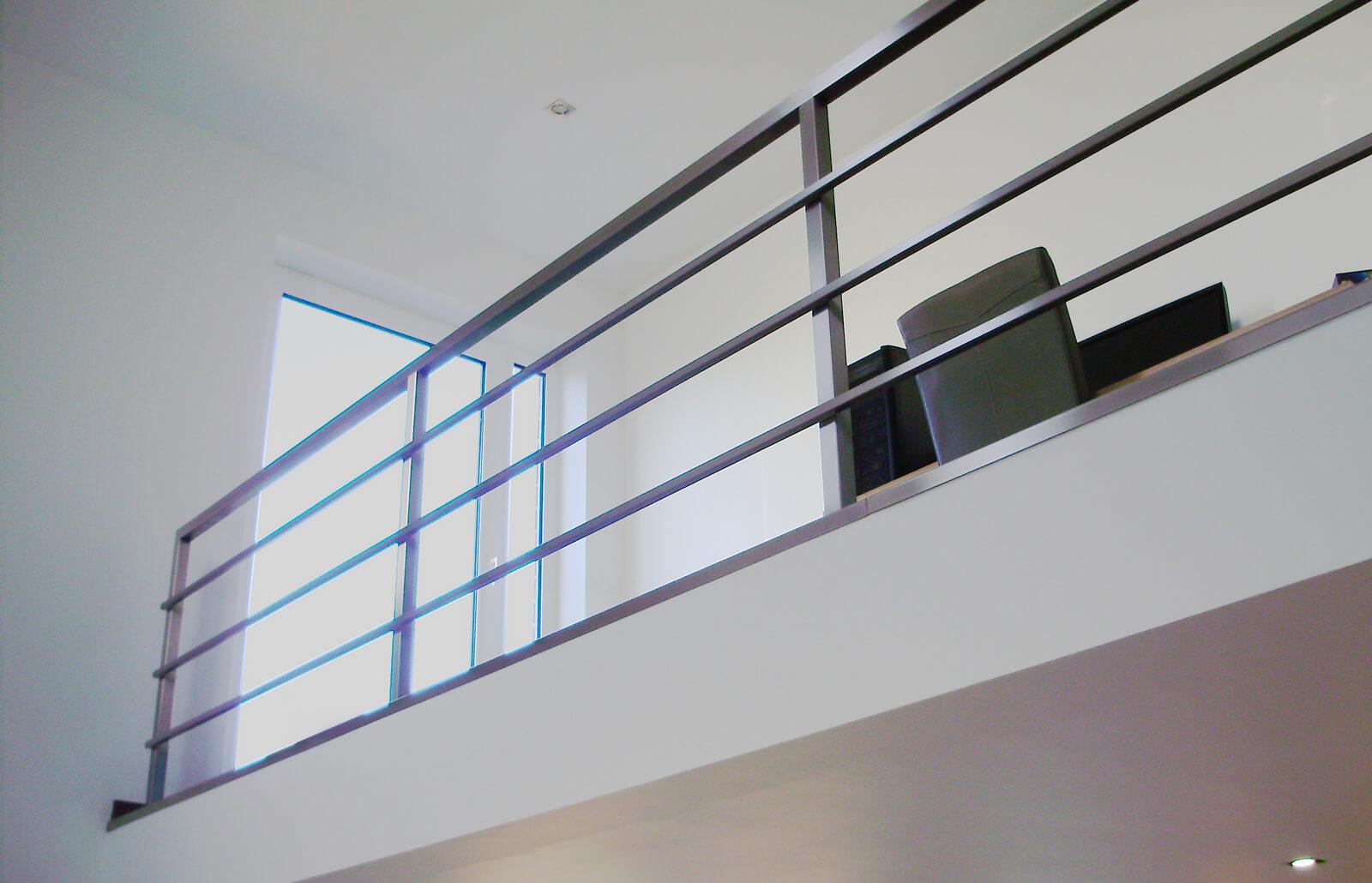 garde corps carr inox concept. Black Bedroom Furniture Sets. Home Design Ideas